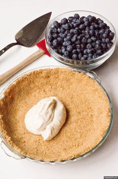 No-Bake Blueberry Pie - 3 delicious layers and the filling is perfection (recipe on keep it sweet desserts)