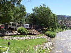 Pleasant Valley RV Park, Colorado: right along a river