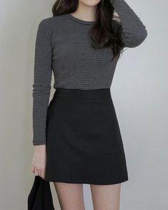 Korean Fashion – How to Dress up Korean Style – Designer Fashion Tips Korean Fashion Trends, Korean Street Fashion, Asian Fashion, 90s Fashion, Girl Fashion, Fashion Outfits, Fashion Stores, Fashion 2018, Womens Fashion