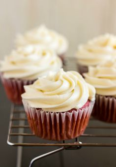 Red Velvet Cupcakes with Cream Cheese Frosting | The Cookie Writer