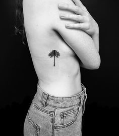 New Tattoos, Tatoos, Barcelona Tattoo, Hand Poke, Henna, Illustration Sketches, Cat Tattoo, Tattoo Sketches, Traditional Tattoo