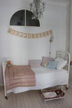 Sanctuary: A million photos from home  mix match pillows; eiderdown