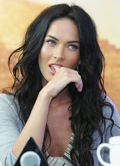 Megan Fox Long Curl Hair - piccmag.com | Famous People Photos