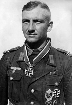 The first Knight's Cross in Tunisia. Stabsfeldwebel (Sergeant Major) Ewald Mrusek was awarded on 19 January 1943 the Knight's Cross for heroism while serving as a platoon leader in 2nd Company, Tunis Field-Battalion 1. Mrusek defended an important elevated position in the Tunisia forward area with only 9 men, and thanks to them a strategically important section of land could be reclaimed. Pin by Paolo Marzioli