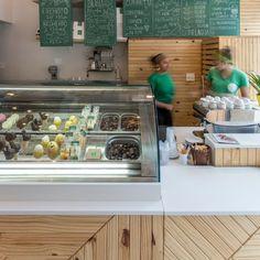 | Me Gusta Kitchen Island, Kitchen Cabinets, Cafe Shop, Bar, Table, Design, Furniture, Home Decor, Gelato