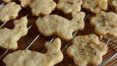 fűszeres húsvéti aprósütemény Cauliflower, Bacon, Muffin, Cookies, Vegetables, Desserts, Food, Crack Crackers, Tailgate Desserts