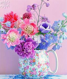 http://brabournefarm.blogspot.com/2011/03/love-flowers-bright-colours.html