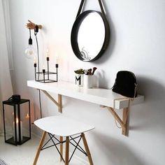Nordic beauty! Dieser Schmink-Tisch ist perfekt für alle Scandi-Liebhaber! @so.very.me.and.home