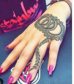 Cute henna