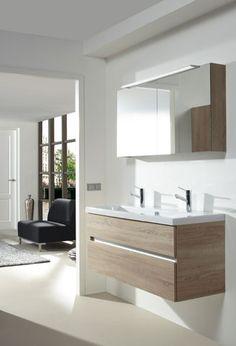 Lijkt een beetje op ons nieuwe meubel! Badkamermeubel van het baderie huismerk Modern Luxury Bathroom, Beautiful Bathrooms, Interior And Exterior, Interior Design, Scandinavian Bathroom, Master Bathroom, House Design, Toilet, Furniture