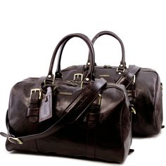 f626d593fd Tuscany Leather Voyager CollectionThe set consists of: TL Voyager Leather  travel bag with front straps - Small size