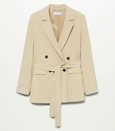 The 9 Best Clothing Styles for Petite Women | Who What Wear UK Blazer Beige, Leather Blazer, Blazer Suit, Parka, Spanx Faux Leather Leggings, Costume, Petite Outfits, Petite Women, Suits
