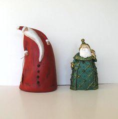 Red & Green Santas (Vintage Santa Claus Figurines, Ceramic, Home Decor, Christmas ornaments on Etsy)