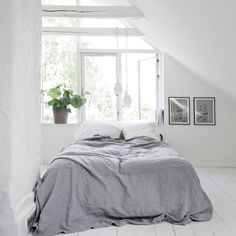 Colour: pure white - ELLE Decoration UK