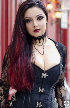 Top Gothic Fashion Tips To Keep You In Style. As trends change, and you age, be willing to alter your style so that you can always look your best. Consistently using good gothic fashion sense can help Gothic Steampunk, Steampunk Fashion, Gothic Fashion, Style Fashion, Fashion Clothes, Girl Fashion, Fashion Ideas, Steampunk Clothing, Latex Fashion