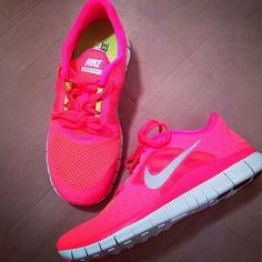 #pink #shoes #nike_trainers #trainers #nike_shoes #nike #pink_shoes #training #running_shoes #nike_free_run