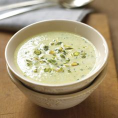 Cream of pistachio soup, Cream Soup Recipes, Pistachio Cream, Fish Soup, Best Natural Skin Care, First Bite, Cheeseburger Chowder, Food And Drink, Appetizers, Pistachio Recipes