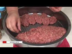 BU KÖFTE TARİFİNİ DENEMEDEN İYİ KÖFTE YAPIYORUM DEME /KÖFTEMİN SIRRI - YouTube Meat Recipes, Dinner Recipes, Cooking Recipes, Carne Picada, Bbq, Homemade Beauty Products, Health Tips, Sausage, Food And Drink