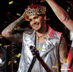 Danniel McKnight CPC‏ @dannielm   Glamily please only share this version of my image from Vegas. Do NOT crop out my WM!