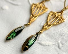 Green Tourmaline Art Deco style drop earrings, green earring, tourmaline earring, art deco earring, green earrings ADT03