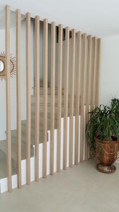 Home Stairs Design, Railing Design, Interior Stairs, Design Your Home, Home Interior Design, Living Room Partition, Hallway Designs, Basement Makeover, Modern Staircase
