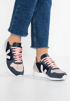 Sneaker Puma Suede Heart EP Damen Sneaker Schwarz NEU