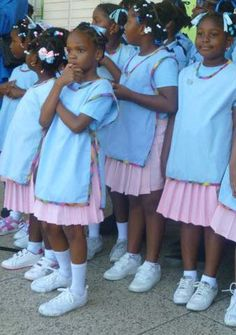 Rainbows/ Daisy Scouts from Dominica
