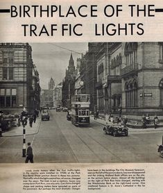 First traffic lights Old Pictures, Old Photos, Midland Bank, Welcome To Yorkshire, Leeds England, Leeds City, City Museum, West Yorkshire, Bond Street