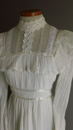 70s White Gauze Cotton Gunne Sax...i wore this dress in cream color to Homecoming back in the day....felt like a princess!