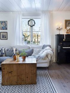 Gorgeous Swedish Decor Inspiration can find Swedish decor and more on our website. Home Living Room, Interior, Swedish Home Decor, Home, Home Decor Trends, Scandinavian Home, Home Remodeling, Cheap Home Decor, Swedish Interior Design