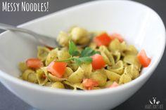 Messy noodles with broccoli spinach pesto | www.veggiesdontbite.com | #vegan #plantbased #glutenfree