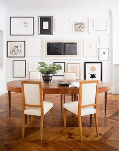 Here we see an art gallery in a modern house setting, which gives it a very familiar feeling.