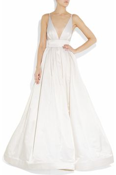 I think this is a wedding dress. But if it was in emerald green or sapphire blue, I'd snap it up.
