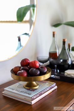 Plums for Fall Decorating ~ Mary Wald's Place - Dining room decorated for Fall Decorating Your Home, Diy Home Decor, Fall Decorating, Black Dinnerware, Beautiful Dining Rooms, Winter Magic, Autumn Home, Seasonal Decor, Wood Projects