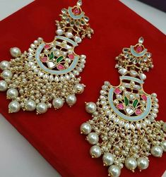 Jewellery collection by ❤️ . For price and other details comment below or DM . Indian Jewelry Earrings, Indian Jewelry Sets, Indian Wedding Jewelry, India Jewelry, Antique Jewellery Designs, Gold Jewellery Design, Handmade Jewellery, Bridal Jewellery, Bridal Necklace