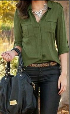 Simple neutrals for business casual work outfit - tan slim blouse, coated black skinnies or pants, leopard belt or heels Mode Outfits, Fall Outfits, Casual Outfits, Fashion Outfits, Office Outfits, Casual Wear, Fashion Blouses, Woman Outfits, Club Outfits