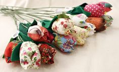 Fabric flowers by Esperança Ramos