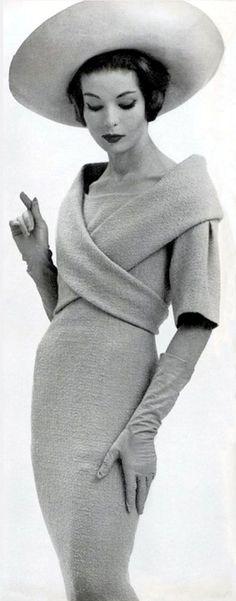 Pierre Cardin - 1959 - Shelt dress - L'Officiel