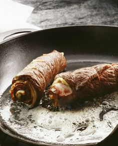 Rouladen Recipe, Beef Rouladen, German Rouladen, Bacon Recipes, Vegetarian Recipes, Crockpot Recipes, Cooker Recipes, Yummy Recipes, Yummy Food