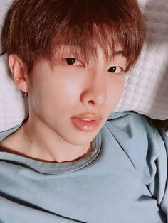 """""""Imagine Namjoon sending you the pic randomly & text you right after: """" Rapmon only agreed to the selca cause I told him it was for you. We miss you 😔 """" Let's just cry together shall we. Jhope, Kim Namjoon, Yoongi, Bts Bangtan Boy, Bts Jimin, Foto Bts, Bts Photo, Mixtape, Park Ji Min"""