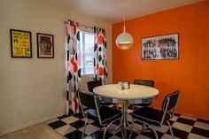 Newly Remodeled Retro Town-home! Comfortable... - HomeAway Arizona