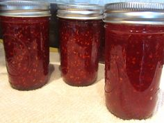 Raspberry Habanero Jam - I'm thinking of trying this with the blackberries in my freezer!