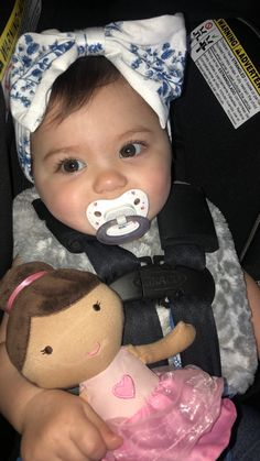 Cute Little Baby, Cute Baby Girl, Little Babies, Cute Babies, Baby Love, Baby Kids, Cute Baby Pictures, Baby Photos, Cute Baby Costumes
