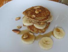Mini-Crunch-Pancakes mit Bananen und Cashewnüssen - http://barbaras-spielwiese.blogspot.de/2015/01/mini-crunch-pancakes.html