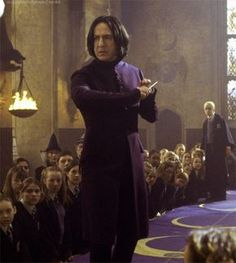 Alan Rickman as Professor Severus Snape. Professor Severus Snape, Snape Harry, Harry Potter Severus Snape, Alan Rickman Severus Snape, Severus Rogue, Wiki Harry Potter, Harry Potter Universal, Harry Potter Characters, Harry Potter Hogwarts