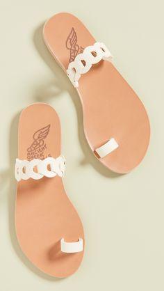 Toe Ring Sandals, Shoes Flats Sandals, Toe Rings, Slide Sandals, Flip Flop Sandals, Slippers For Girls, Womens Slippers, Fashion Shoes, Hijab Fashion