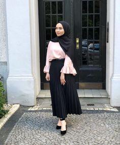 Trendy Ideas for style hijab turkey Modest Fashion Hijab, Modern Hijab Fashion, Casual Hijab Outfit, Hijab Fashion Inspiration, Muslim Fashion, Fashion Outfits, Fashion Styles, Ootd Hijab, Fashion Fashion