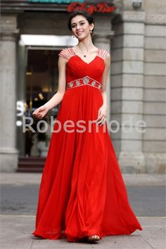 Robe de bal de promo rouge romantique V col décoration perlée