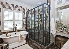I LOVE this shower. Sherry Hart traditional bathroom, via Houzz Modern Luxury Bathroom, Beautiful Bathrooms, Luxury Bathrooms, Kitchen And Bath Design, Atlanta Homes, Bathroom Inspiration, Bathroom Ideas, Bath Ideas, Bathroom Designs