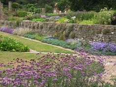 Hestercombe Gardens, Somerset, England. Designed by Gertrude Jekyll and Sir Edwin Lutyens (1904-07) - photograph by Lee Anne White